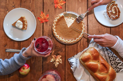 thanksgiving,  autumn,  fall,  food,  leaf,  pumpkin,  vegetable,  fall background,  fall wallpaper,  thanksgiving dinner,  plate,  table,  harvest,  giving thanks,   hand,  thank you,  holding,  message,  giving,  hold,  give,  thank,  handful,  apple,  fruit,  red,  bread,  bakery,  baking,  loaf,