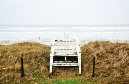 sky, ocean, beach, waves, water, white, wood, fence, grass