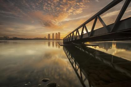 nature, landscape, water, steel, bridge, water, rocks, reflection, city, urban, skyline, sky, clouds, horizon