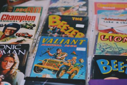 comics, read, picture, cover, book, model, sell, dvd, cd, video, movie, volume
