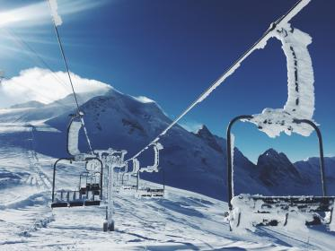 chairlift, skiing, snowboarding, mountains, snow, cold, winter, sunshine, blue, sky