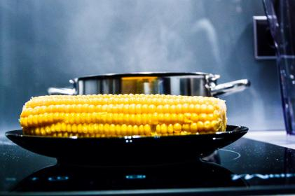 corn, corn on the cob, stove, oven, pot, steam, smoke, cooking, chef, kitchen, food, vegetables, plate