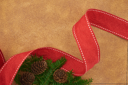 seasonal,   backgrounds,   christmas,   flat lay,   ribbon,   pine,   tree,   branches,   festive,   cone,   copyspace,   holiday,   red,   merry,   xmas,   background,  leather