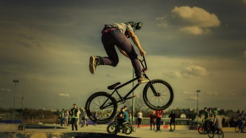 bike, bicycle, biker, sport, game, exhibition, people, crowd, men, outdoor, adventure, cyclist