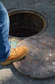 sewer,  manhole,  cover,  street,  hole,  construction,  city,  road,  asphalt,  worker,  boot,  circle,  object,  industrial,  civil,  engineering