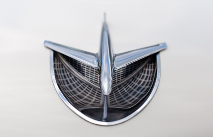 vintage,   car,   hood,   ornament,   chrome,   shiny,   automotive,   automobile,   transportation,   retro,   metal,   auto,  classic,  badge,  plane