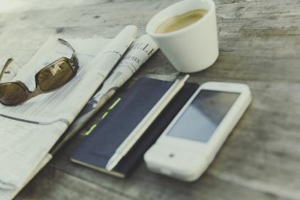 coffee, hot, drink, espresso, cup, eyewear, sunglasses, newspaper, mobile, phone, book, business, relax, travel