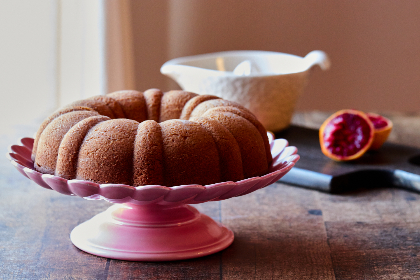 homemade,  cake,  baking,  bundt,  table,  dessert,  pound,  ring,  dish,  classic,  food,  baked,  kitchen,  cooking,  rustic,  sweet