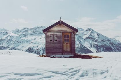 house, mountains, hills, snow, winter, cold, isolated, ice, alps, ski, lodge, skiing, cabin