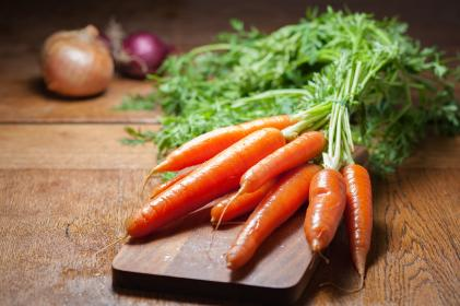 onion, carrots, fresh, crops, vegetables, table, wood, ingredients