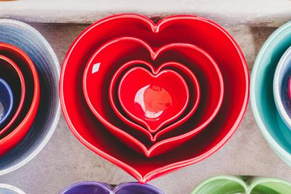 heart, art, shiny, red, mold, shapes, colorful, ceramic, bowl, tableware, kitchenware, utensils