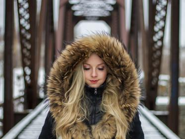 people, woman, fur, jacket, model, fashion, beauty, cold, hair, blonde, make up, architecture, bridge