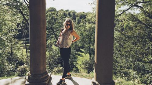 nature, green, trees, woods, forest, pillars, people, blond, woman, lady, girl, travel, millenials