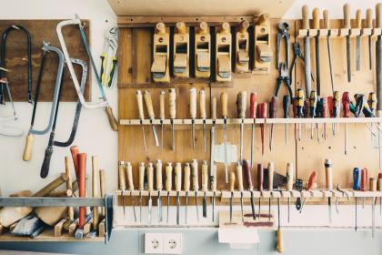 tools, workshop, garage, saws, screwdrivers, pliers, hammers, mallets, shop