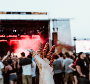 henna,  hands,  festival,  bluesfest,  nails,  stage, party, music, celebration, outdoors, people, crowd