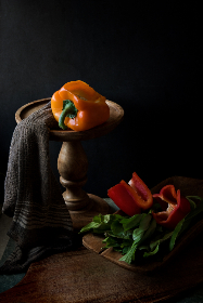 sliced,  peppers,  kitchen,  display,  stand,  wood,  vegetable,  food,  eat,  healthy,  orange,  red,  green