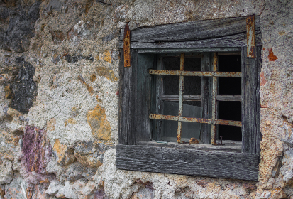 rough,   wooden,   window,   house,   purple,   rural,   decorated,   vintage,   decor,   rustic,   beauty,   weathered,   aged,   frame,   locked,   background,   outdoor,   italy,   wall,   stone,   tuscan,   detail,   old