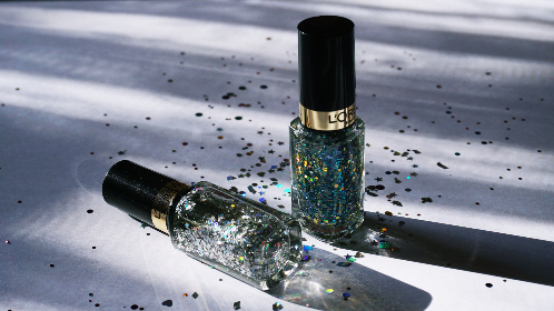 nail polish,  cosmetics,  close up, feminine, glitter, sparkles, object, beauty