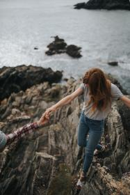 sea, ocean, water, waves, nature, rocks, hill, cliff, people, girl, holding hands, adventure, outdoor, relax, view
