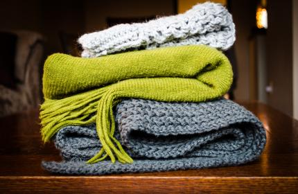 blanket, scarf, cold, cloth, table, green, grey, white