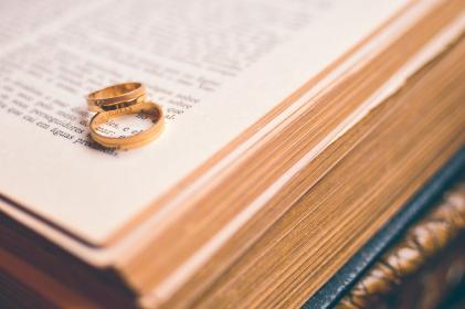 book, reading, gold, rings