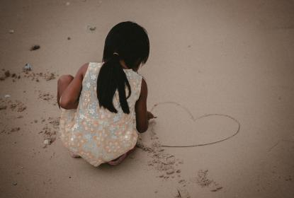 people, child, kid, girl, play, white, sand, outdoor