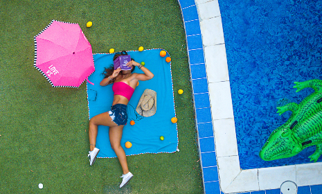 woman,  reading,  book,  pool,  relax,  grass,  green,  pink,  umbrella,  mat,  crocodile,  tile