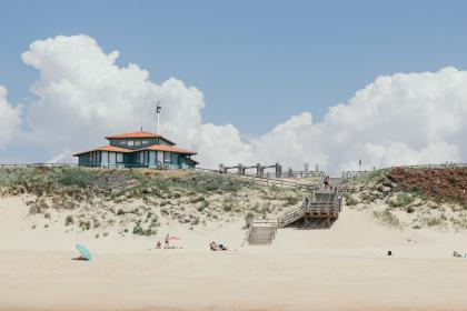 architecture, building, rest, house, clouds, sky, landscape, white, sand, beach, summer, vacation, travel, outdoor, sunny, day