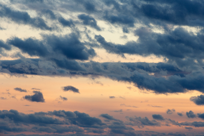 sunset,   clouds,   sky,   colorful,   nature,   outdoors,   beautiful,   dusk,   evening,   environment,   climate,   weather,   warm,  moody,  sunrise