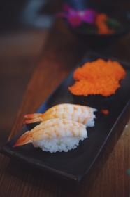 sushi, food, shrimp, rice, plate, japanese, restaurant