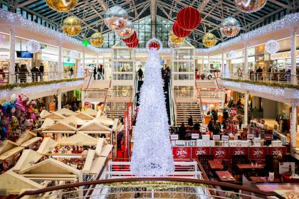 shopping mall, christmas, christmas tree, lights, ball, decorations, ornaments, bazaar, people