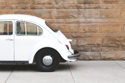white,  antique,  car,  vintage,  vw,  bug,  classic,  automotive,  automobile,  transport,  brick wall