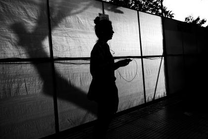 dark, black and white, silhouette, people, woman, shadow, wall, outside