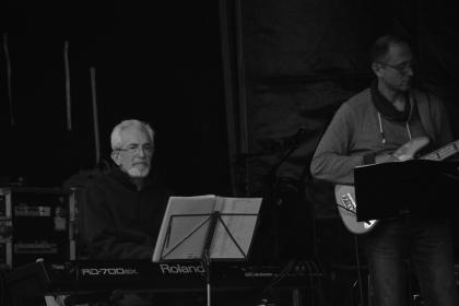 people, man, guy, old, piano, keyboard, musical, instrument, music, guitar, playing, recording, sound, paper, stand, electric, band, black and white
