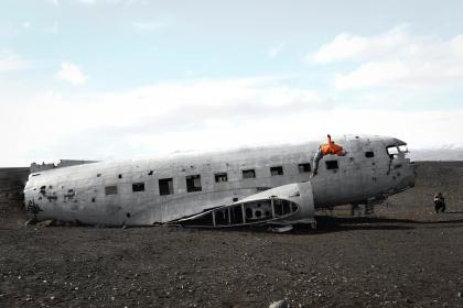 airplane, airline, parts. clouds, sky, window, things, items, steel, old, wreck, broken, damage, people, travel, tumbling