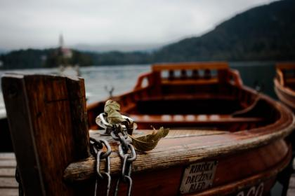 wood, wooden, boat, water, transportation, chain, leaf, adventure, outdoor, blur