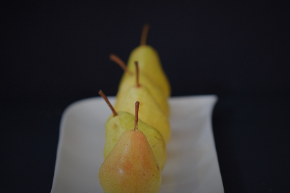 pears,   fruit,   close up,   fresh,   plate,   raw,   natural,   diet,   eating,   healthy,   organic,   nutrition,   ingredient,  minimal
