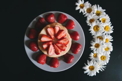 free photo of red  strawberry