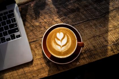 coffee, latte, cappuccino, wood, table, laptop, computer, technology, business, office, desk