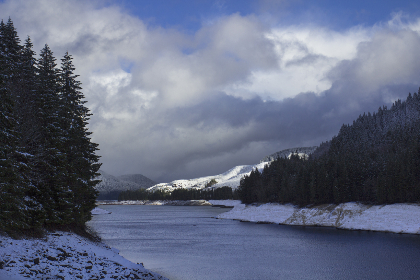 winter,  river,  forest,  mountains,  clouds,  	snow,   water,   outdoors,   cold,   sky,   environment,   climate,  reservoir,  landscape,  shore