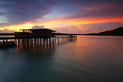 sea, water, ocean, sunset, cloud, sky, nature, house, outdoor, view