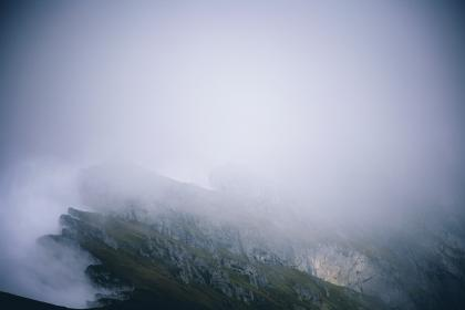 highland, mountain, hill, landscape, green, grass, travel, view, outdoor, nature, fog, cold, weather