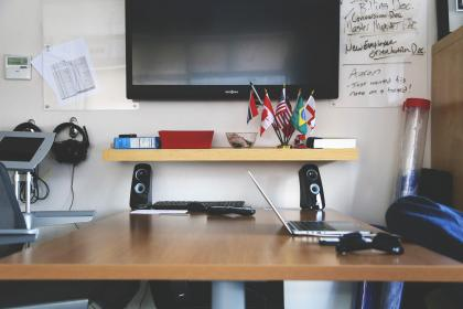 free photo of desk  office