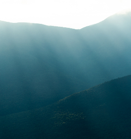 sunray,  landscape,  background,  mountains,  nature,  sky,  scenic,  view,  sun,  light,  ridge,  valley,  copyspace,  abstract, travel