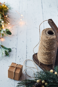 crafts,   holiday,   background,   yarn,   rustic,   festive,   gift,   handmade,   box,   decor,   twine,   spool,   natural,   christmas,   xmas,   lights,  string