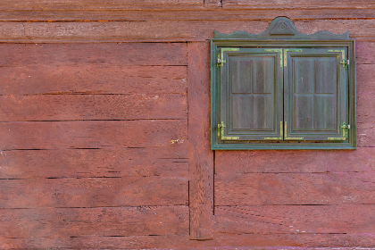 antique,   building,   wall,   aged,   vintage,   traditional,   house,   retro,   home,   decoration,   weathered,   rural,   cabin,   brown,   rustic,   country,   barn,   cottage,   wooden,   texture,   village,   architecture,   frame,   door,   exterior,   wood,   glass,   old,   background,