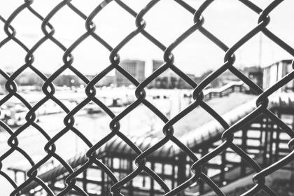 chainlink, fence, black and white