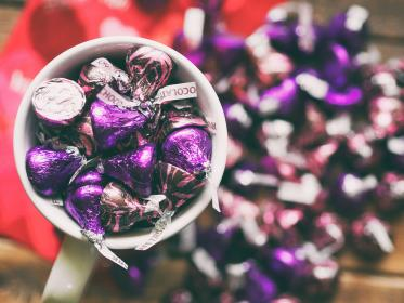 chocolate, sweet, kisses, violet, brown, wrapper, collection, mug, cup