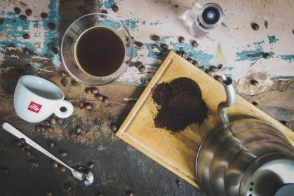table, coffee, bean, seed, hot, water, cup, mug, glass, teapot