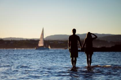 ocean, sea, lake, water, sailboat, guy, man, girl, woman, couple, love, romance, people, silhouette, shadow, summer, landscape